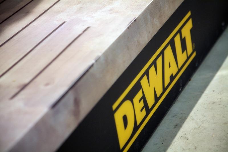 DeWalt 001